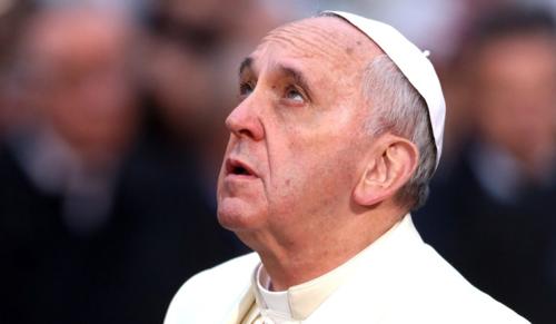 Ferenc pápa: Eltékozolt és megsebzett év van mögöttünk