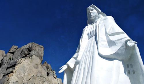 Az Egyesült Államok harmadik legnagyobb szobrát Szűz Mária tiszteletére építették