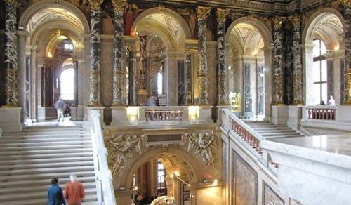 Ünnepel a Magyar Nemzeti Múzeum