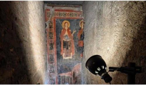Majdnem ezeréves freskót találtak Rómában