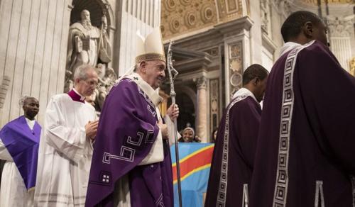 Több mint 50 éves lemaradást hozhat be a pápa