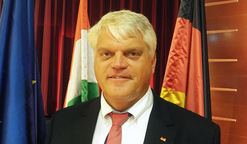 Markus Grübel: Németország csökkenteni akarja a menekülthelyzet okait