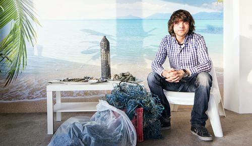 Egy holland fiú takarítja el az óceáni szemétszigetet