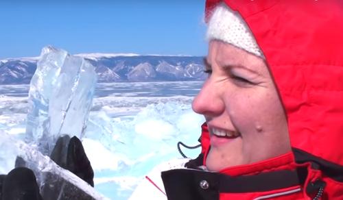 Muzsikál a jég Szibériában
