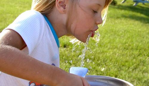 HAPPY-hét - vízfogyasztást népszerűsítő program fiataloknak