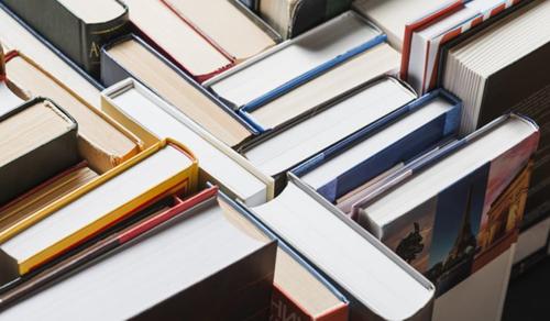 Tízezer könyvet adományoz a Libri a betegeknek és az egészségügyi dolgozóknak