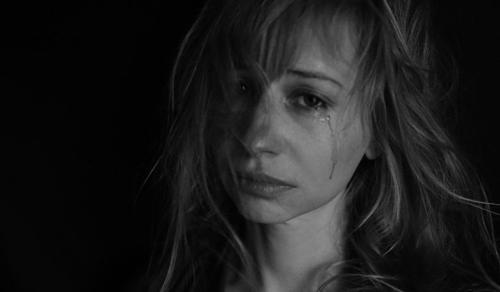 Mi történik most akkor, ha valaki eleve bántalmazó kapcsolatban él?