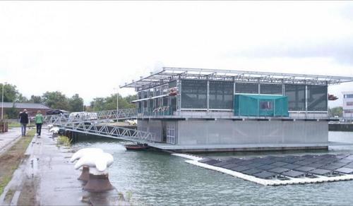 Viharsorompó védi Hollandiát az emelkedő tenger ellen