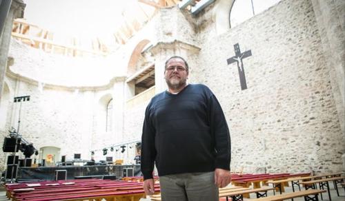 A cseh pap, aki életet lehelt egy elpusztított faluba