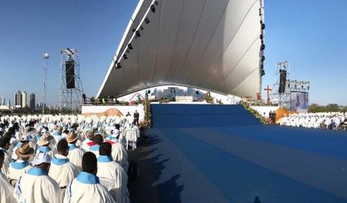Két világtalálkozót is elhalaszt a Vatikán a globális járvány miatt