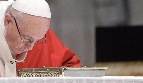 Ferenc pápa: a járvány teremtette