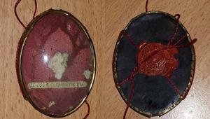 Megoldódott a kukában talált relikvia rejtélye