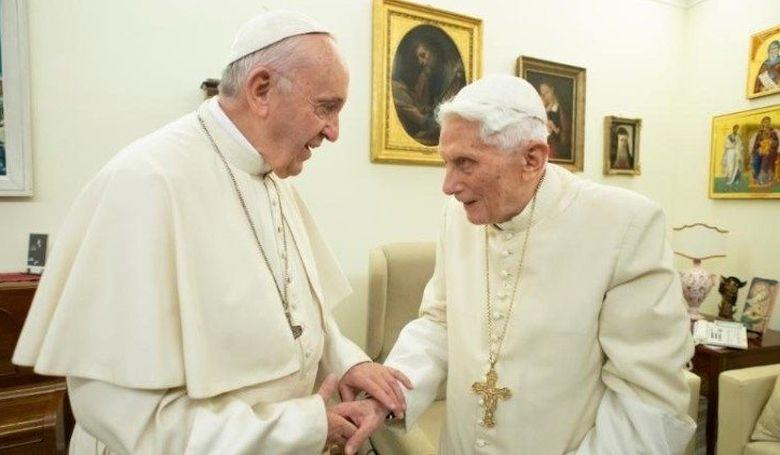 Ki a pápa?