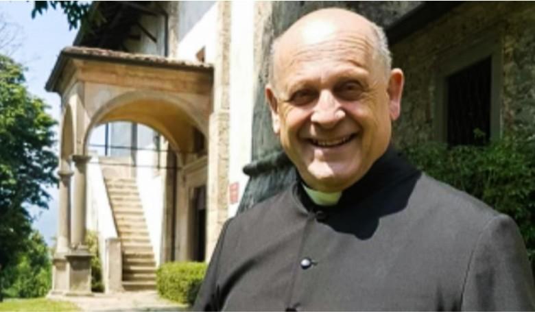 Lemondott a lélegeztető gépről egy fiatalabb beteg javára az olasz pap?