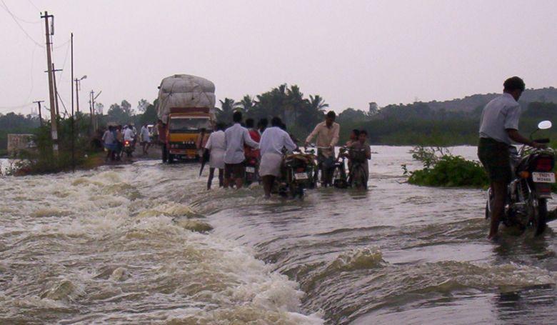 A szélsőséges időjárás miatt milliók kényszerülnek menekülni otthonukból