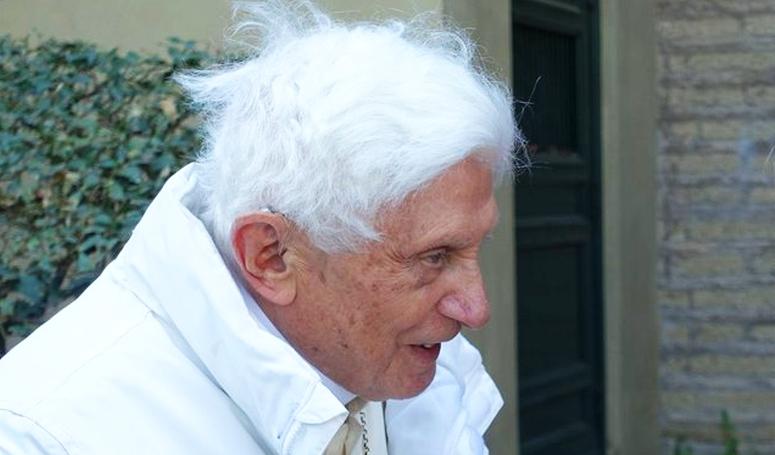 Nem titok: ezért mondott le XVI. Benedek