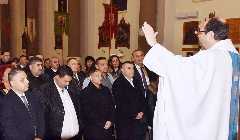 Cigány misén jártam – Isten is ott volt