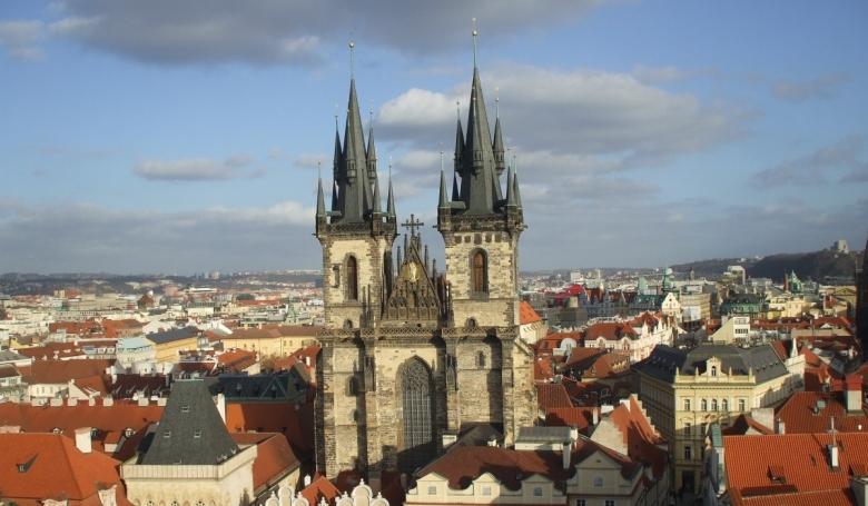 Adót vetnének ki az egyházi kárpótlásra a csehek