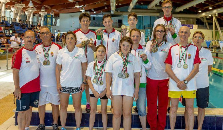 Letették az esküt a Szervátültetettek Világjátékára utazó magyar sportolók