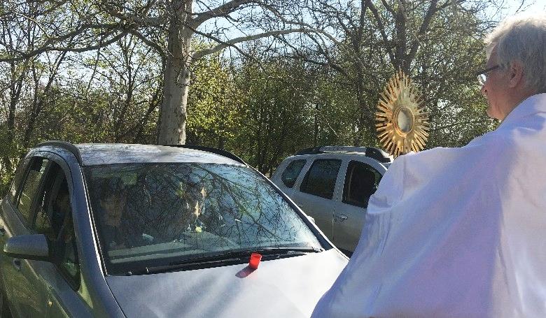 Meglepő következményei lettek az autós misének