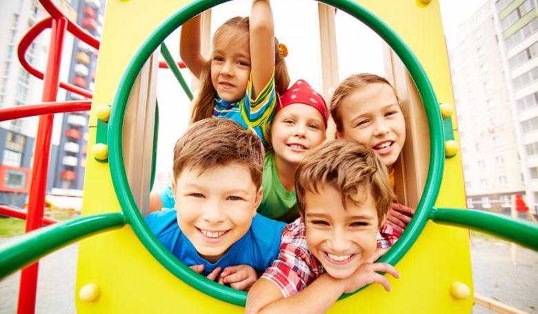 Gyerekbarát település címet kapott Jászboldogháza és Tata