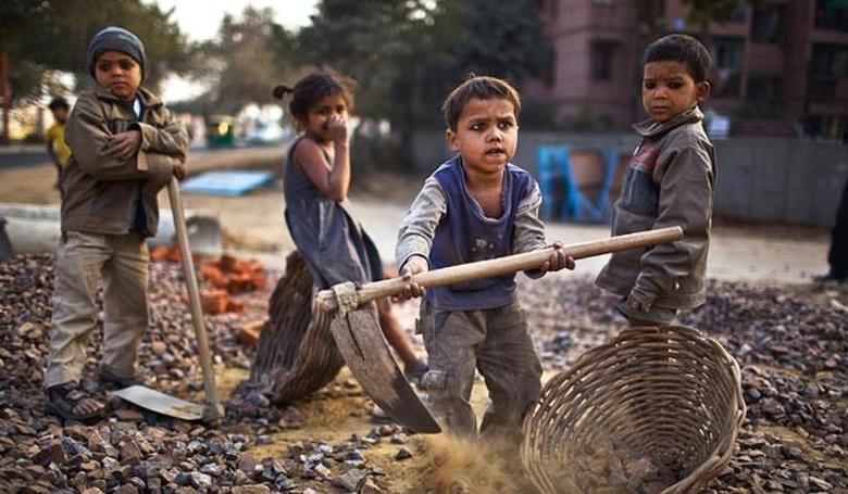 Gyerekek rabszolgasorban