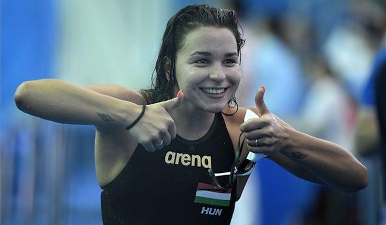 Késely Ajna, Kapás Boglárka és a 4x100-as férfi gyorsváltó ma a döntőben úszik