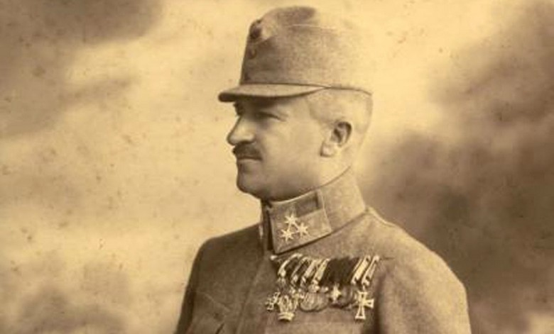 Kratochvil Károly emlékére szobrot állítottak