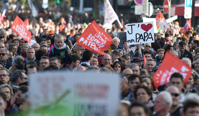 Tüntetés volt Párizsban