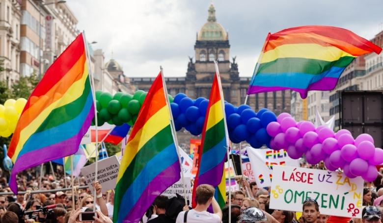 """A prágai érsek is elítélte az """"LMBT-ideológiát"""""""