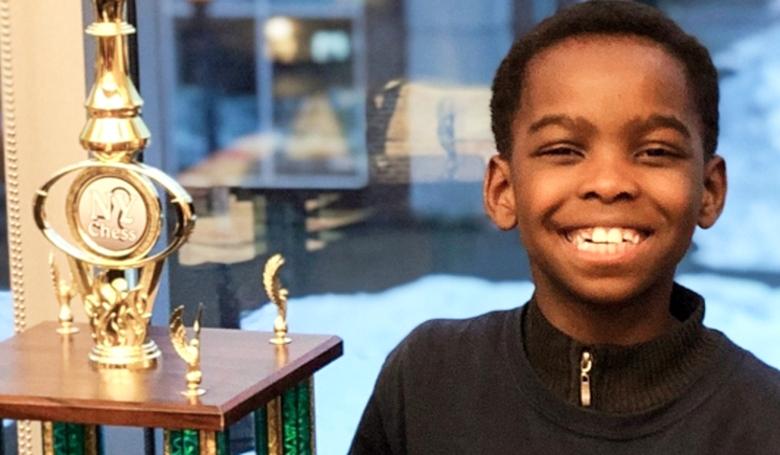 Állami bajnok lett a 8 éves menekült kisfiú