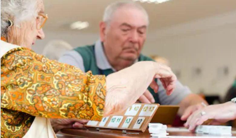 """Társas- és kártyajátékok - """"ezt egy életen át kell játszani"""""""
