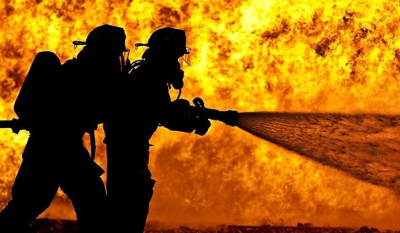 A Lánglovagok tűzvédelmi e-tanfolyama segíti a társasházakat