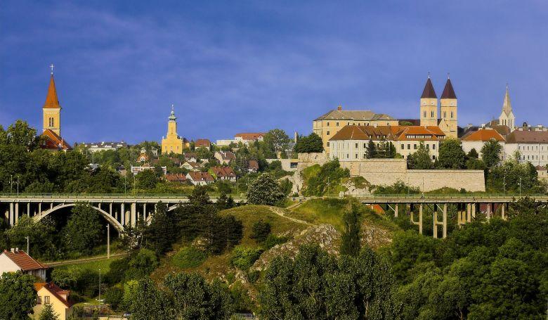 Európai kulturális fővárosi együttműködéseket kötöttek Veszprémben