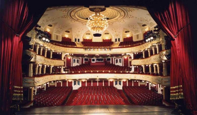 Szombaton lesz a színházak éjszakája