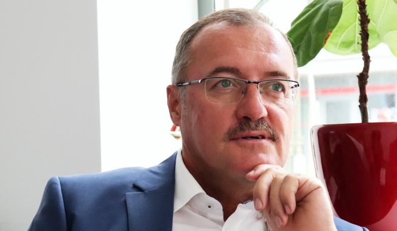 Kulcsár Tibor: A jólétünk a legfőbb akadálya a világ fejlődésének