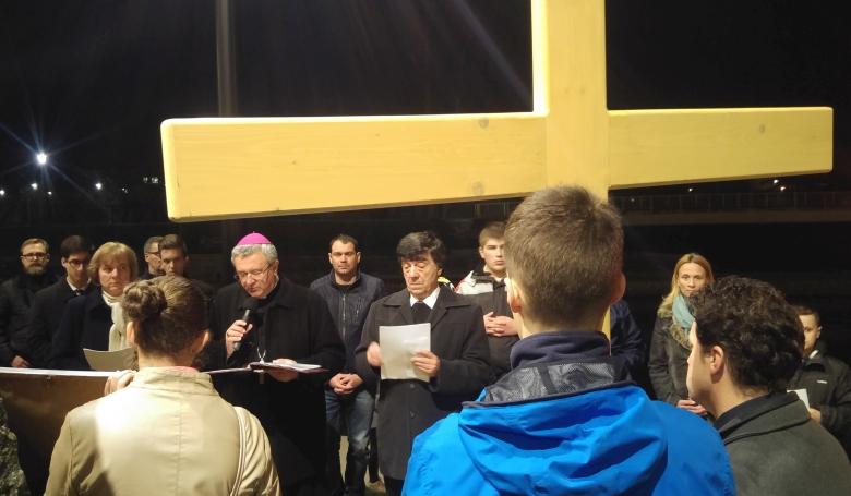 Bulizónát is érintett Győrben a belvárosi keresztút