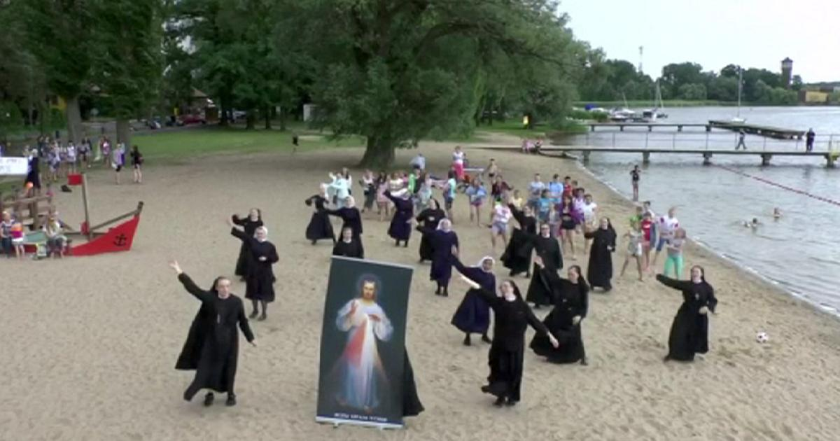 1200x630_338601_poland-the-dancing-nuns.jpg