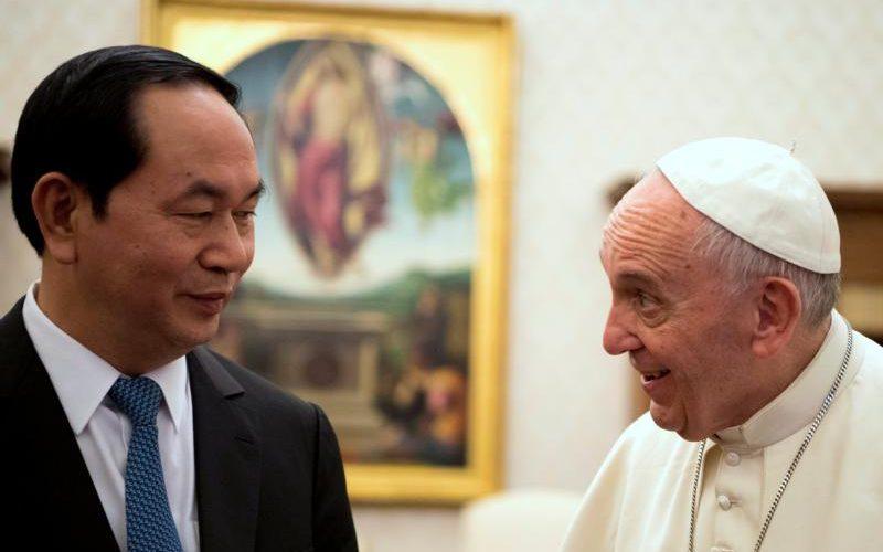 Egyre szelídebb a kommunista állam és a Vatikán viszonya