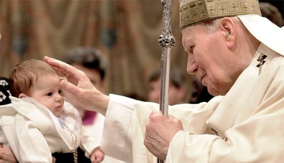 Megölték volna, mielőtt megszületett: Szent II. János Pál pápa