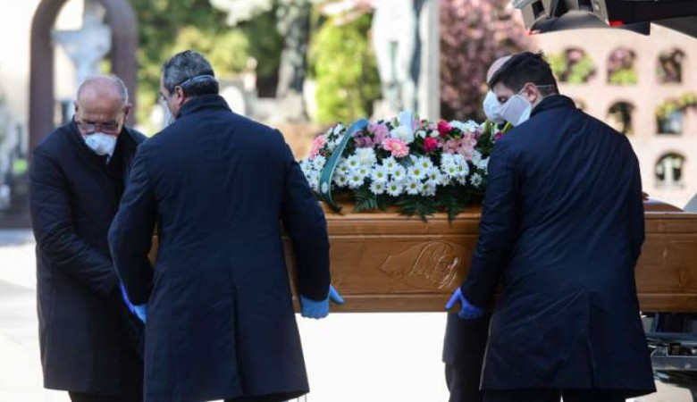 A járvány miatt elhunyt papok száma száz fölé emelkedett Itáliában