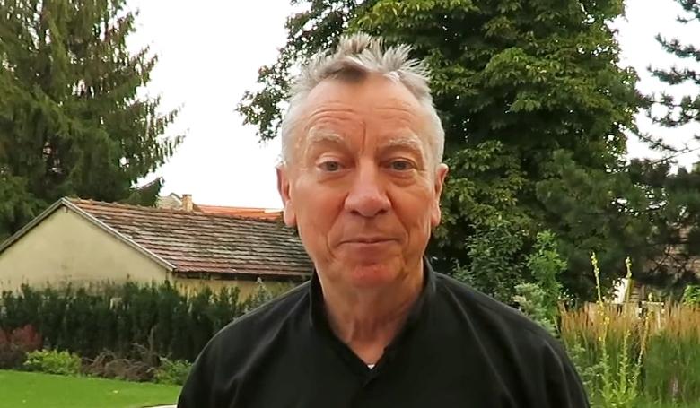 Vloggerként folytatja Beer Miklós