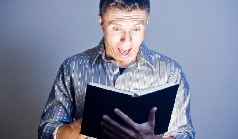 Kiakadt a Biblia szövegén egy belga politikus