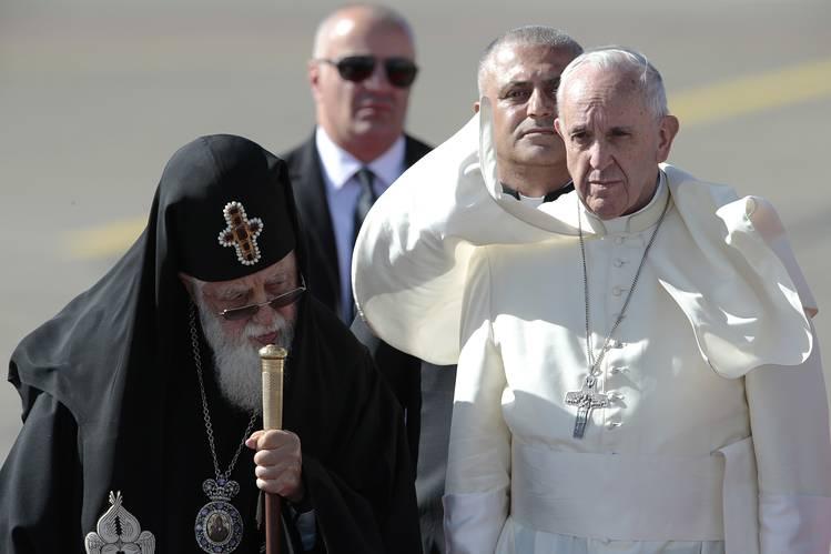 Turné pápai módra