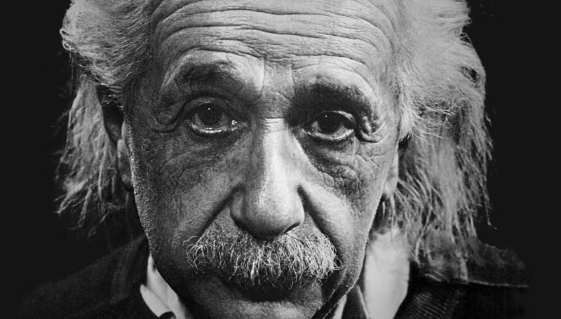 Elárverezik Einstein egyik levelét