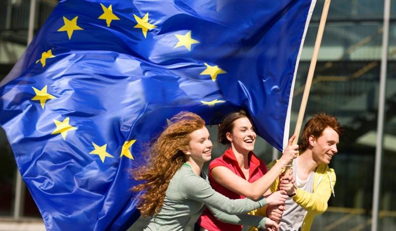 Ki vezeti ki Európát a demográfiai hullámvölgyből?