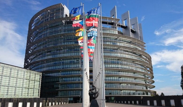 EP-választás: szombattól kezdődhet az aláírásgyűjtés