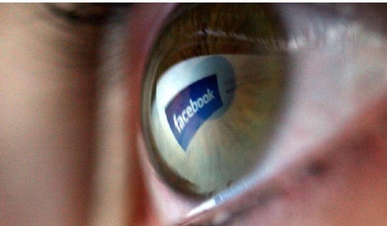 Oda a szabad akarat  a közösségi oldalakkal?