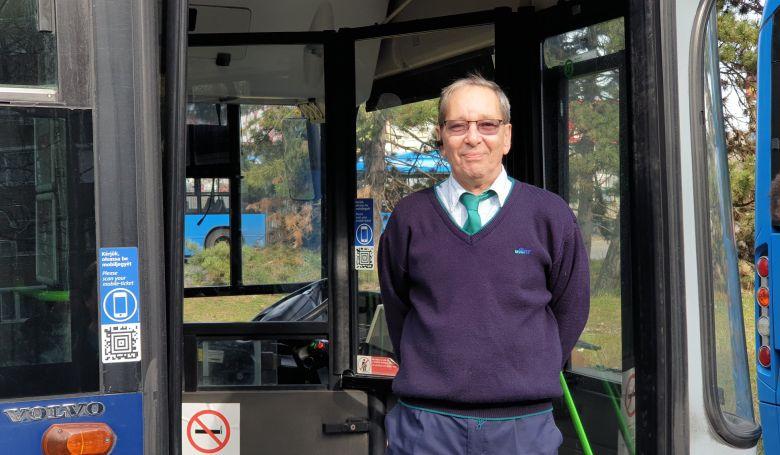 Búcsúbusszal vonult nyugdíjba a BKV sofőrje