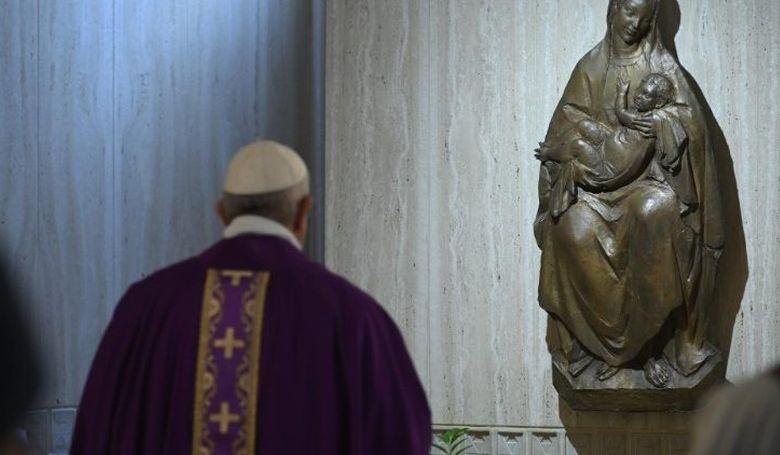 Ferenc pápa: Csak együtt juthatunk ki a járványból